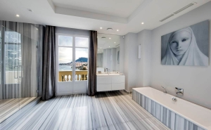 luxury_villa_monaco_bathroom