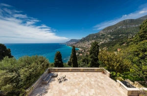 luxury_villa_monaco_terrace_with_view